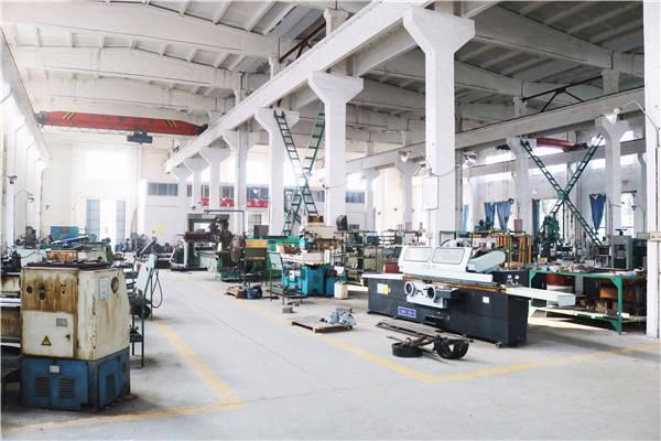 试验设备生产车间